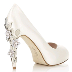 it's all in the details covetable wedding shoes guest