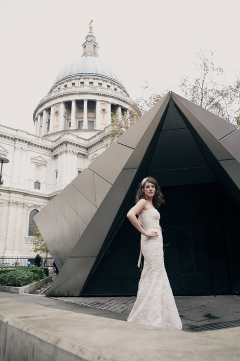 bloved-uk-wedding-blog-fearless-bridal-shoot-by-yolande-de-vries (17)