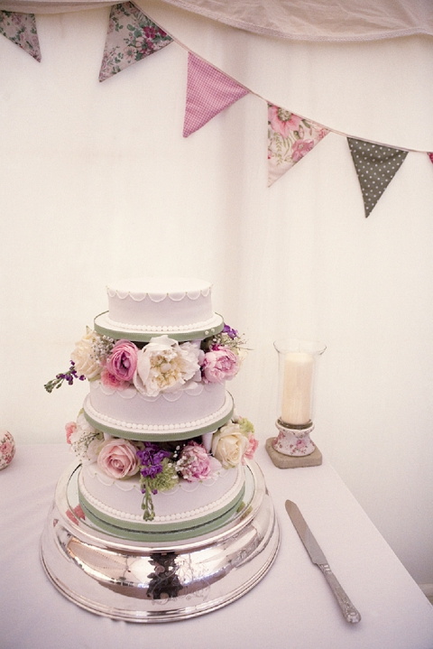 bloved-uk-wedding-blog-real-wedding-pink-sage-marquee-celebration-matilda-delves (7)