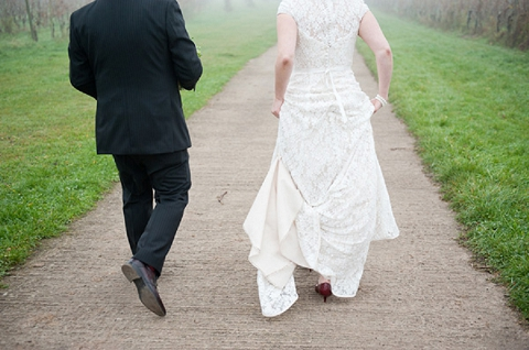 bloved-uk-wedding-blog-real-wedding-autumn-wine-red-a perfectly-foggy-day-fiona-kelly-photography (12)