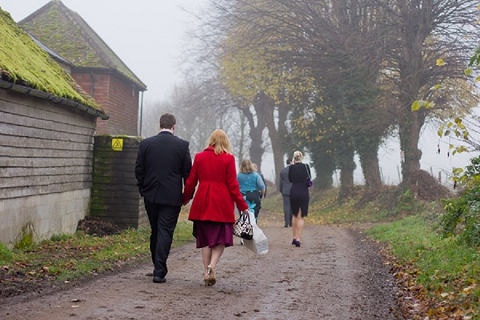 bloved-uk-wedding-blog-real-wedding-autumn-wine-red-a perfectly-foggy-day-fiona-kelly-photography (6)