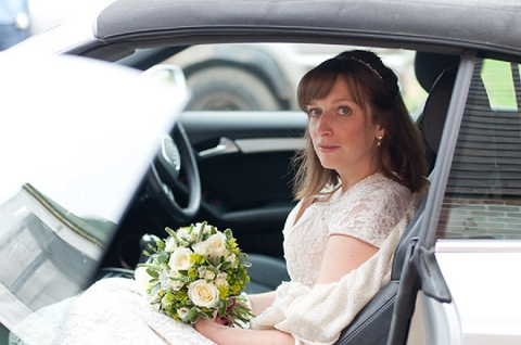bloved-uk-wedding-blog-real-wedding-autumn-wine-red-a perfectly-foggy-day-fiona-kelly-photography (7)