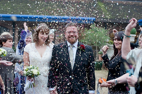 bloved-uk-wedding-blog-real-wedding-autumn-wine-red-a perfectly-foggy-day-fiona-kelly-photography (9)