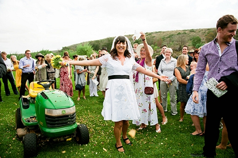 bloved-uk-wedding-blog-real-wedding-south-africa-a-touch-of-the-farm-kirsten-mavric (25)