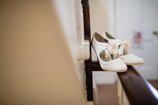 bloved-uk-wedding-blog-heather-andy-contemporary-classic-winter-wedding-hampton-court-house (2)
