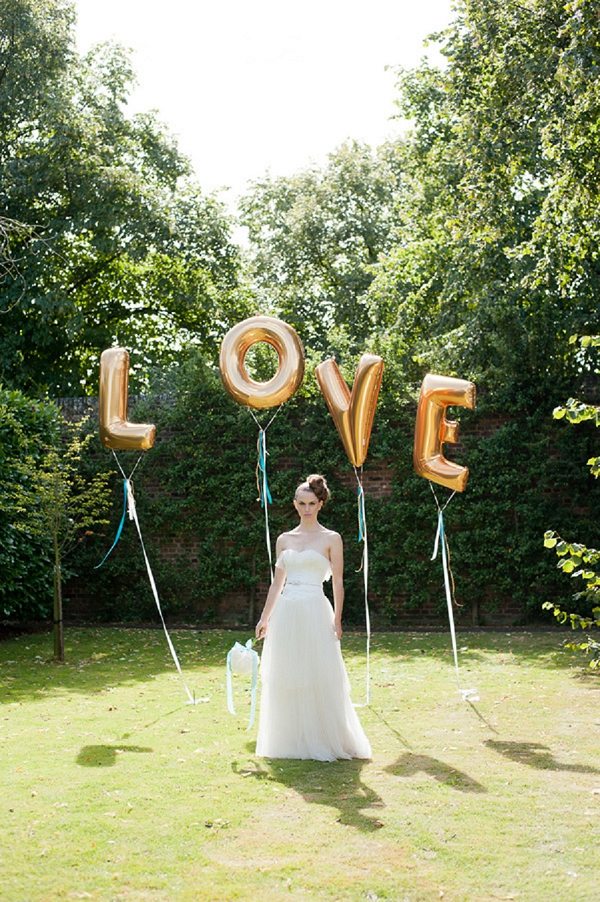 bloved-uk-wedding-blog-inspiration-styled-shoot-teal-gold-modern-luxe (37)