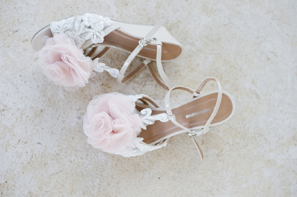 bloved-uk-wedding-blog-real-wedding-suzaan-sollie-pastel-country-chic-wedding-by-stella-uys (10)