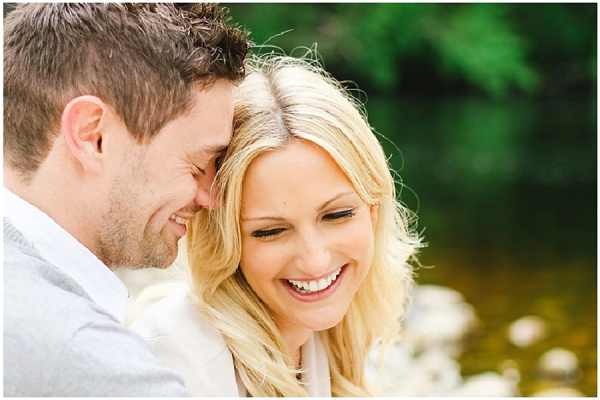 bloved-uk-wedding-blog-annie-paul-fresh-contemporary-engagement-shoot-belle-and-beau-photography (10)