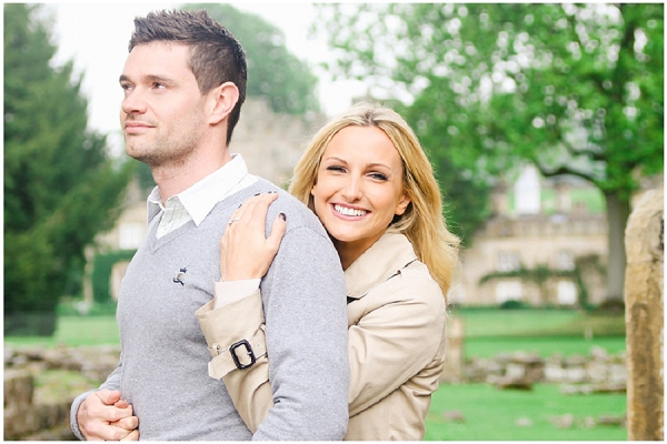 bloved-uk-wedding-blog-annie-paul-fresh-contemporary-engagement-shoot-belle-and-beau-photography (4)