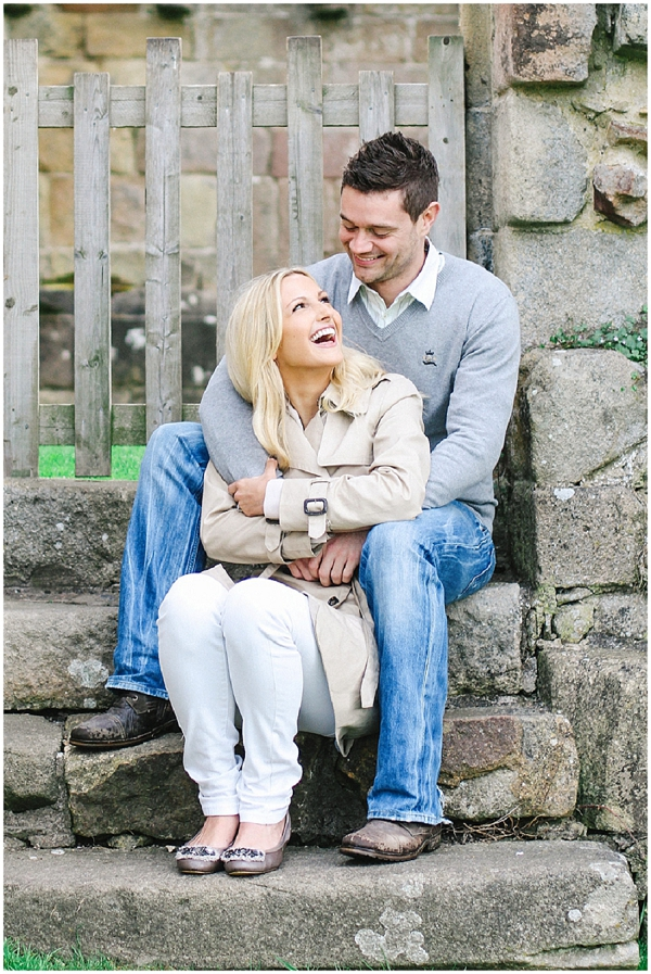 bloved-uk-wedding-blog-annie-paul-fresh-contemporary-engagement-shoot-belle-and-beau-photography (9)