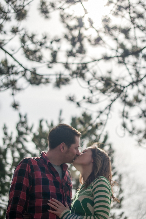 bloved-uk-wedding-blog-beth-adam-engagement-wimbledon-common-by-efc-photography (14)