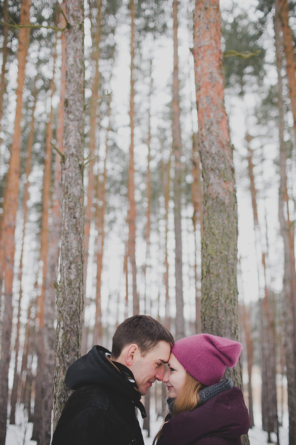 bloved-uk-wedding-blog-love-shoot-snow-white-engagement-shoot-photofactory (3)