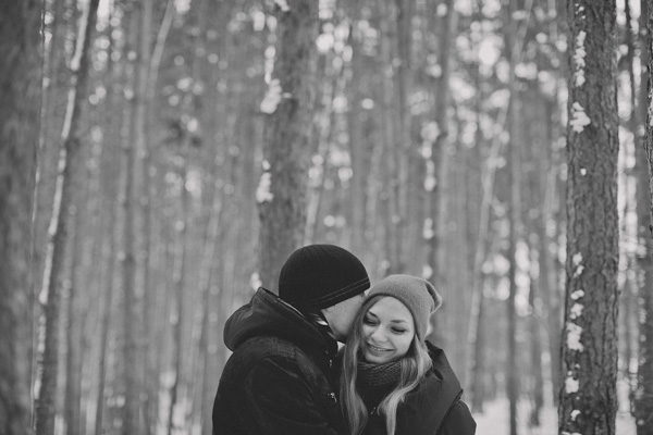 bloved-uk-wedding-blog-love-shoot-snow-white-engagement-shoot-photofactory (4)