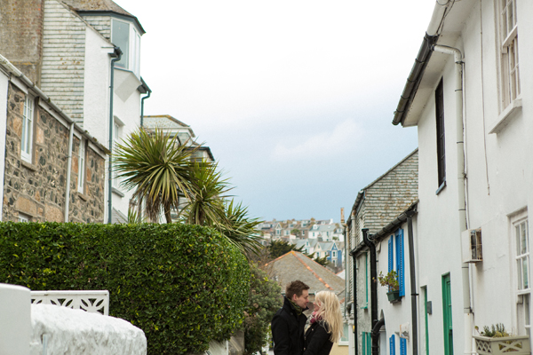 bloved-uk-wedding-blog-St-Ives-beach-engagement-shoot-debs-ivelja (14)
