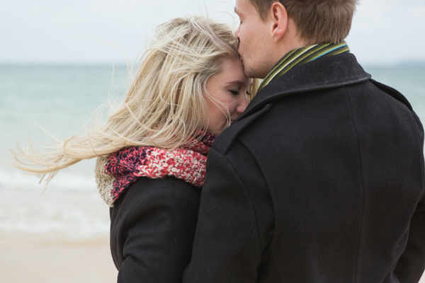 bloved-uk-wedding-blog-St-Ives-beach-engagement-shoot-debs-ivelja (5)