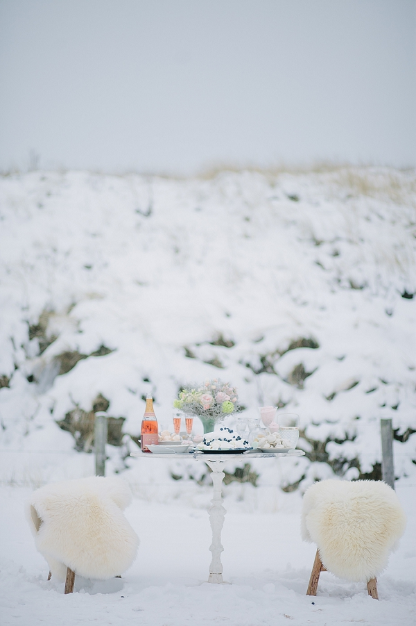 bloved-uk-wedding-blog-dream-winter-wedding-inspiration-jennifer-hejna (21)