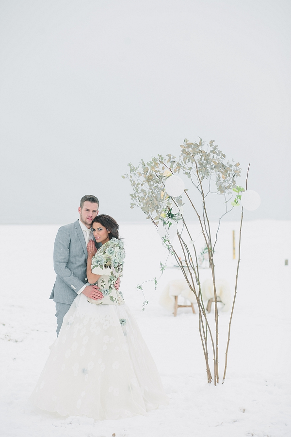 bloved-uk-wedding-blog-dream-winter-wedding-inspiration-jennifer-hejna (6)
