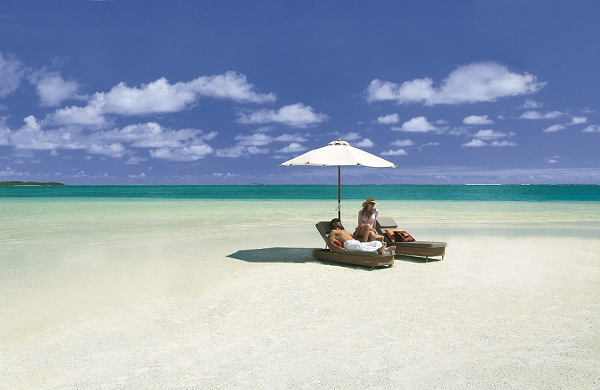 bloved-uk-wedding-blog-african-honeymoons-beach-lux-belle-mare-mauritius