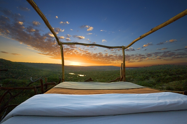 bloved-uk-wedding-blog-african-honeymoons-safari-loisaba-star-bed-kenya