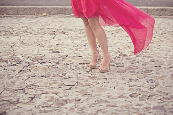 bloved-uk-wedding-blog-chic-cape-town-engagement-shoot-abby-anderson (20)