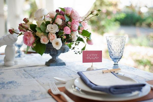 bloved-uk-wedding-blog-toile-rose-french-wedding-inspiration-cheryl-mcewan (23)