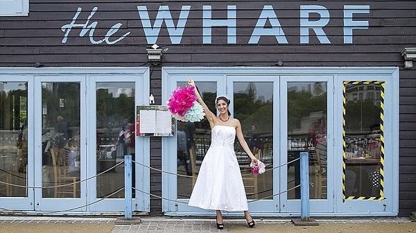 bloved-uk-wedding-blog-fifties-intimate-wedding-inspiration-candy-colours-maxeen-kim-photography (13)