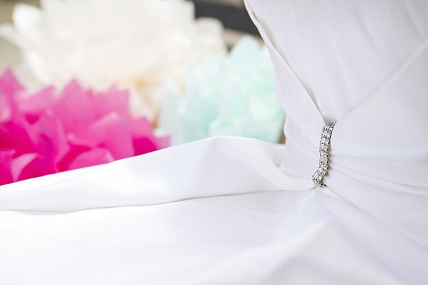 bloved-uk-wedding-blog-fifties-intimate-wedding-inspiration-candy-colours-maxeen-kim-photography (16)