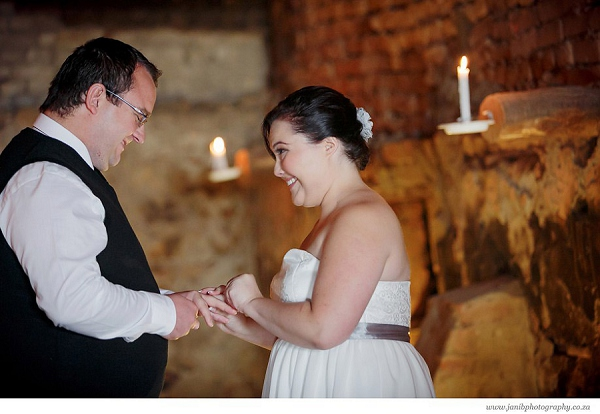 bloved-uk-wedding-blog-lean-kobus-tulbagh-wedding-jani-b-photography (16)