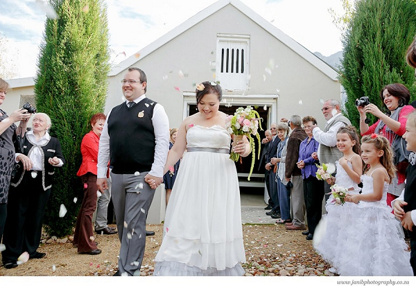 bloved-uk-wedding-blog-lean-kobus-tulbagh-wedding-jani-b-photography (17)