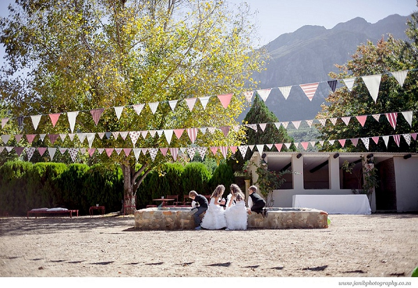 bloved-uk-wedding-blog-lean-kobus-tulbagh-wedding-jani-b-photography (25)