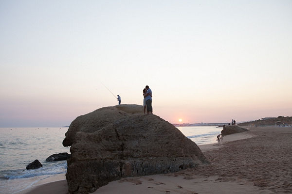 bloved-uk-wedding-blog-algarve-beach-engagement-shoot-matt-lena-photography (17)