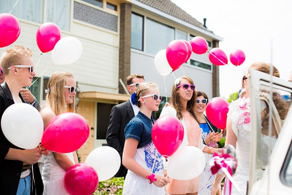 bloved-uk-wedding-blog-hot-pink-real-wedding-anouschka-rokebrand-photography (15)
