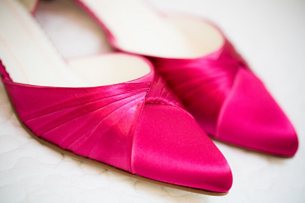 bloved-uk-wedding-blog-hot-pink-real-wedding-anouschka-rokebrand-photography (4)