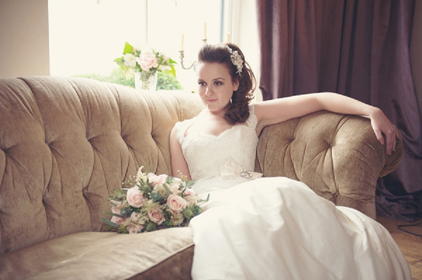 bloved-uk-wedding-blog-the-swan-bride (20)