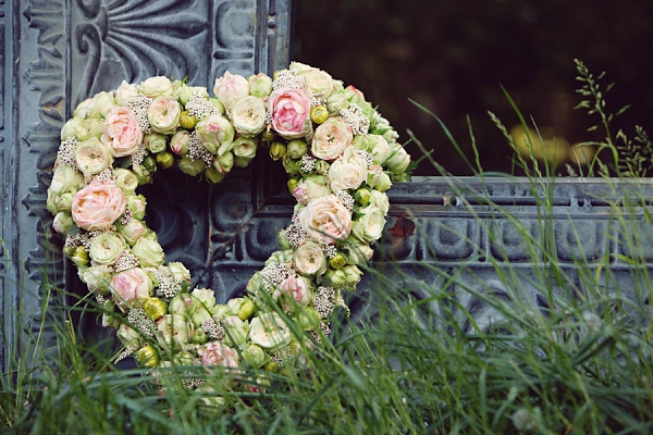 bloved-uk-wedding-blog-a-midsummer-nights-dream-styled-shoot (21)