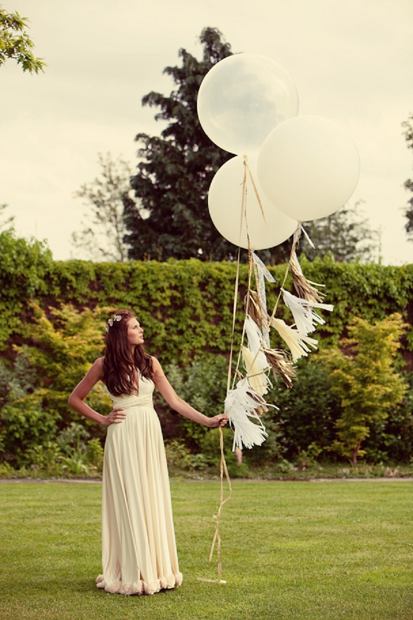 bloved-uk-wedding-blog-a-midsummer-nights-dream-styled-shoot (30)