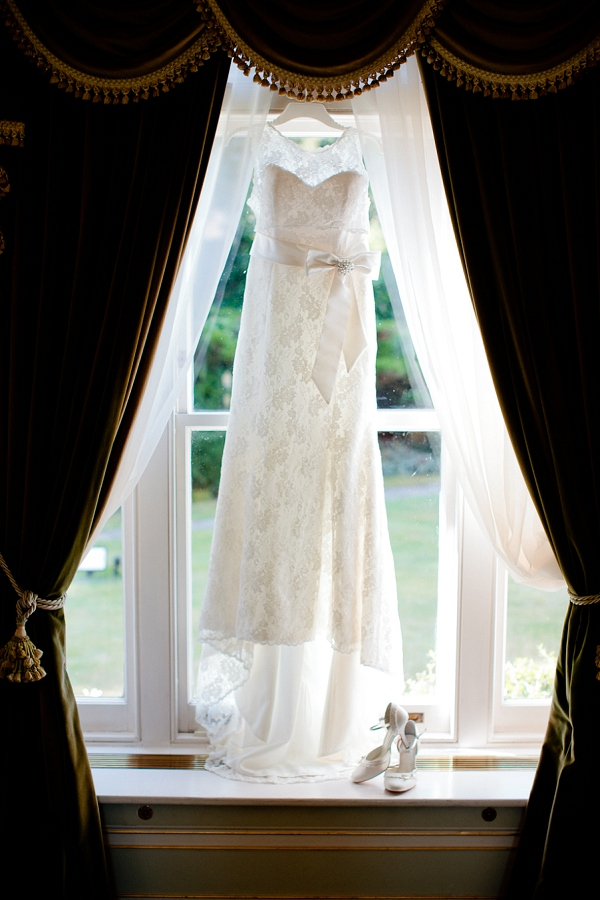 bloved-uk-wedding-blog-fetcham-park-wedding-the-suppliers-story (9)