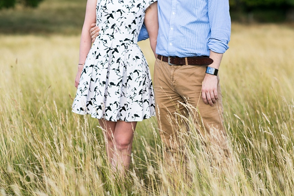 bloved-uk-wedding-blog-golden-richmond-river-engagement-shoot (12)