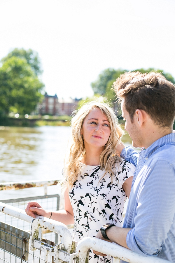 bloved-uk-wedding-blog-golden-richmond-river-engagement-shoot (2)