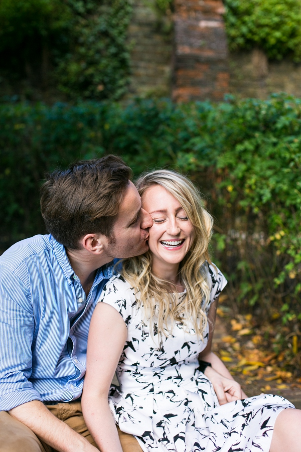 bloved-uk-wedding-blog-golden-richmond-river-engagement-shoot (4)