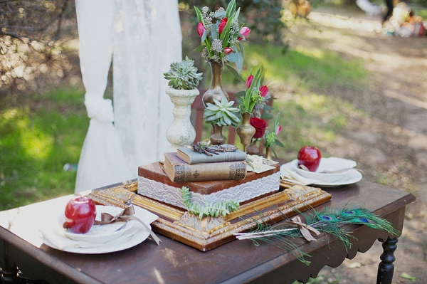 bloved-uk-wedding-blog-rustic-vintage-romance (2)