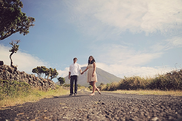 bloved-uk-wedding-blog-vintage-azores-engagement-styled-shoot-dreamakers (2)