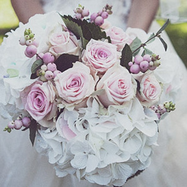 bloved-uk-wedding-blog-bteam-takeover-liz-flowers (1)