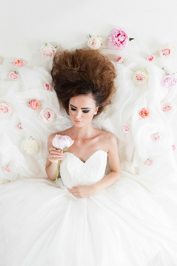 bloved-uk-wedding-blog-miss-dior-blush-black-styled-shoot-georgi-mabee (29)