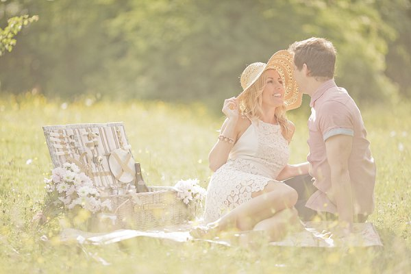 bloved-uk-wedding-blog-sweet-summer-picnic-katy-lunsford (12)