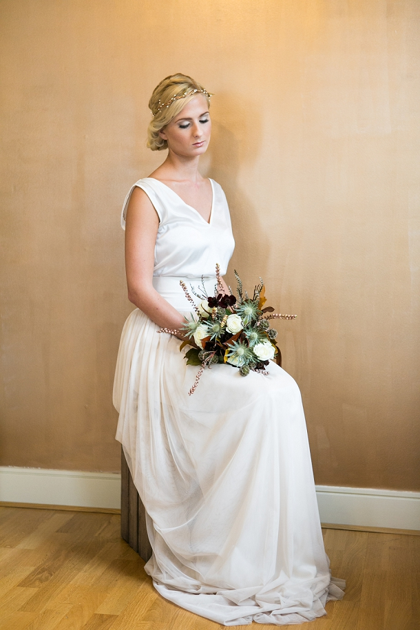 bloved-uk-wedding-blog-the-style-guide-autumn-bridal-fashion-anneli-marinovich-photography (2)