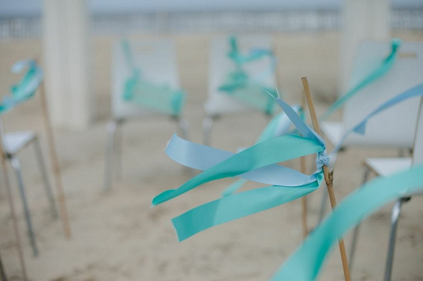 bloved-uk-wedding-blog-tiffany-blue-beach-inspiration-shoot (30)