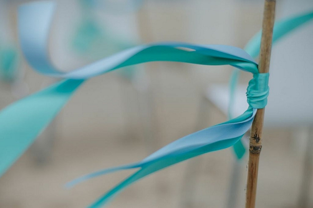 bloved-uk-wedding-blog-tiffany-blue-beach-inspiration-shoot (7)