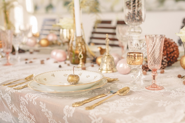 bloved-uk-wedding-blog-blush-gold-vintage-winter-wedding-inspiration (8)