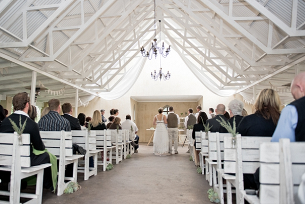 bloved-uk-wedding-blog-rustic-plantation-wedding (18)
